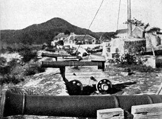 Johannes de Graaff - Old guns of Fort Oranje (Sint Eustatius)
