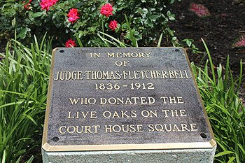 Marker at the Caddo Parish Courthouse in Shreveport, Louisiana, commemorating Judge Thomas Fletcher Bell's contribution of live oaks at the courthouse square. Thomas Fletcher Bell marker, Shreveport, LA IMG 7141.JPG