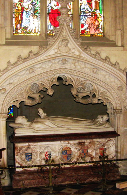 Marble tomb of Catherine Parr, St. Mary's Chapel, Sudeley Castle Tomb of Katherine Parr.png