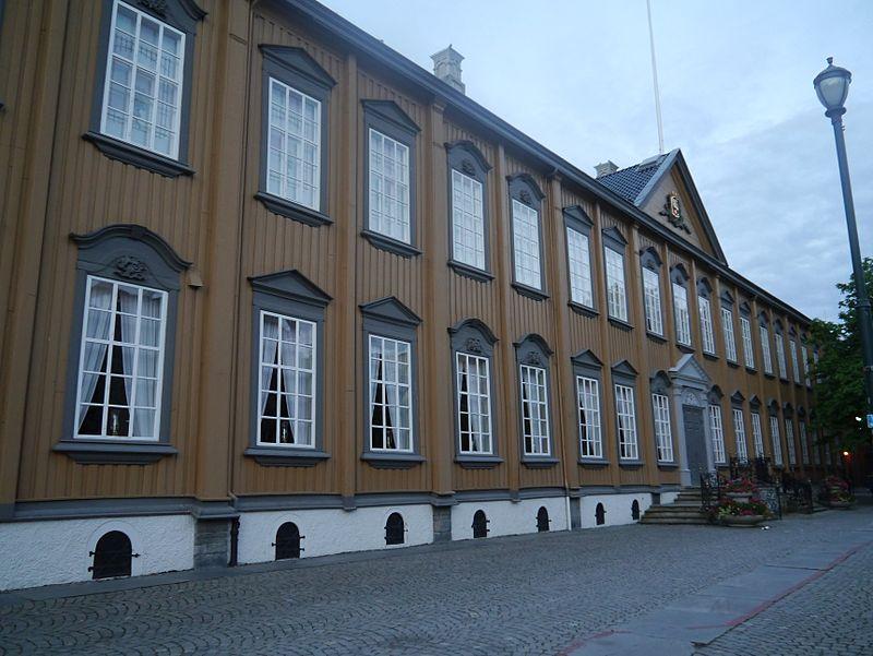 Trondheim Stiftsgaarden 1.JPG