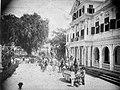 Tropenmuseum Royal Tropical Institute Objectnumber 60008838 Paramaribo. Feestelijke optocht met p.jpg