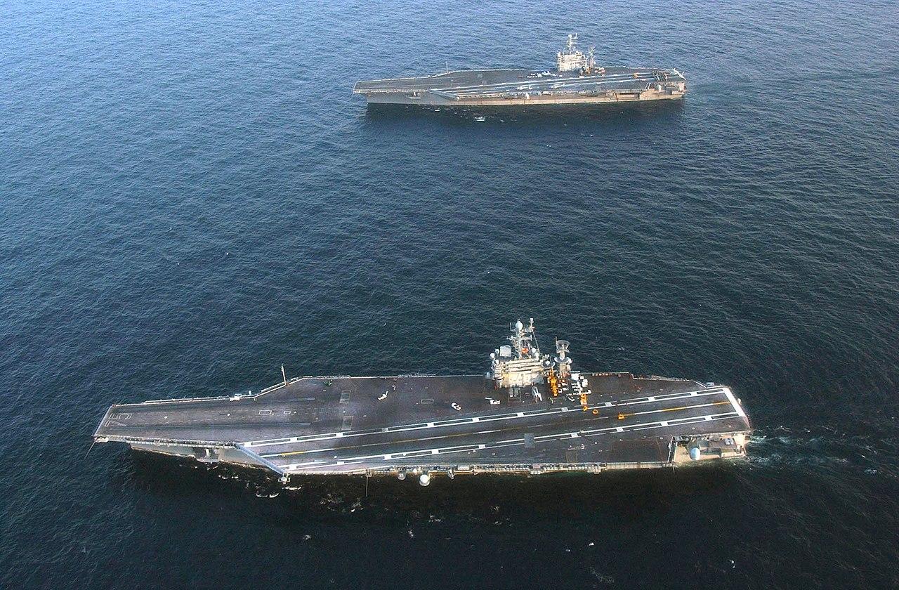 Nimitz class aircraft carriers uss george washington cvn 73 and uss