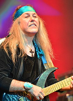Uli Jon Roth – Wacken Open Air 2015 01.jpg