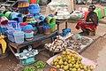 Une vendeuse de produit agricole à Aboisso.jpg
