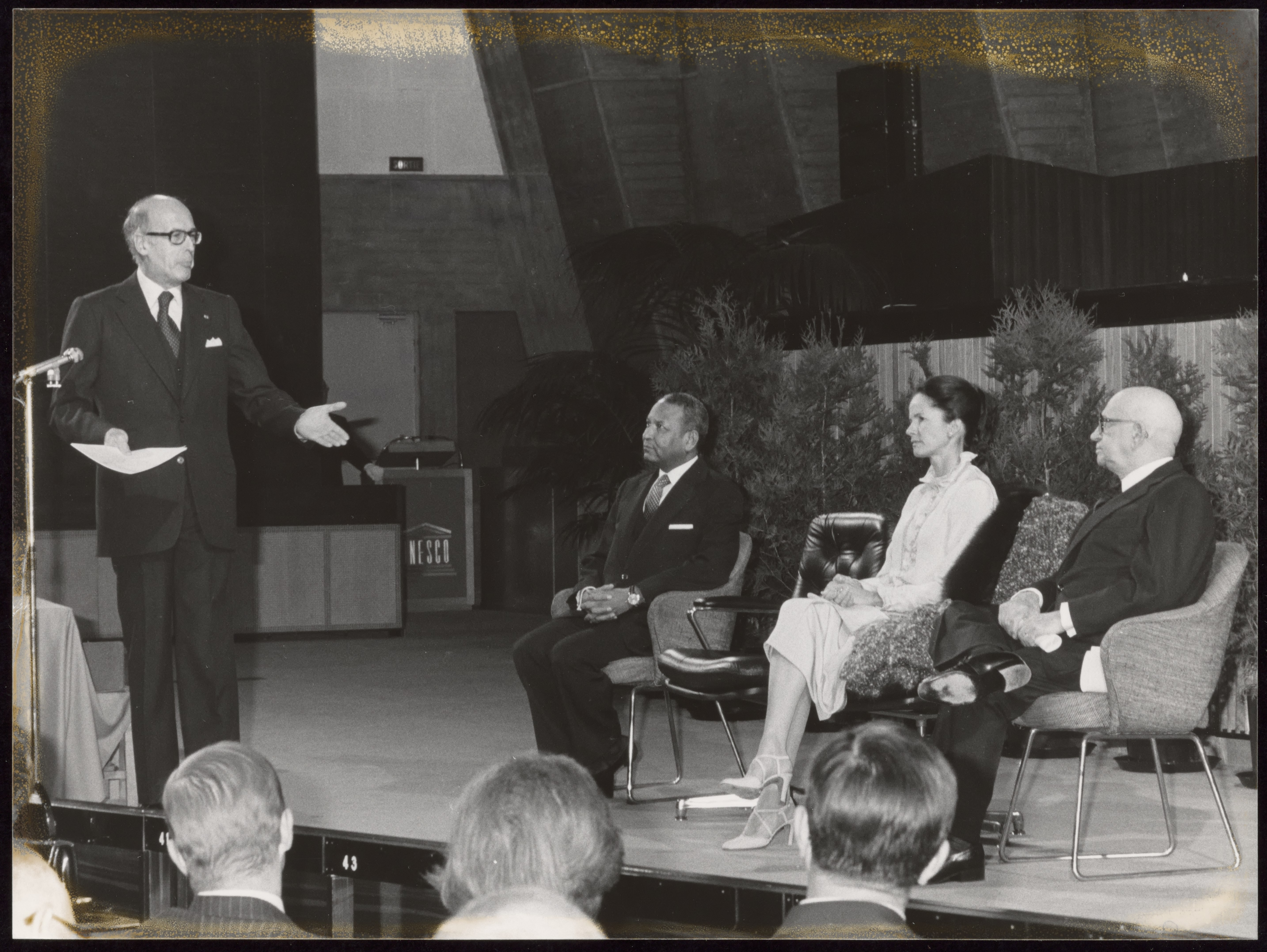 File:Unesco history, Ceremony for Valéry Giscard d'Estaing ...