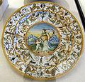 Urbino, bottega patanazzi, piatto con venere e amore tra grottesche, 1580-1600 ca..JPG