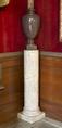 Urna med lock av sten i Vardagssalongen - Hallwylska museet - 107109.tif