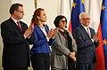 Uroczystość wręczenia odznaczeń Polakom ratującym Żydów podczas II wojny światowej.jpg