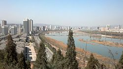 View from Zhonghua Shigu Park (中华石鼓园) on Baoji.jpg