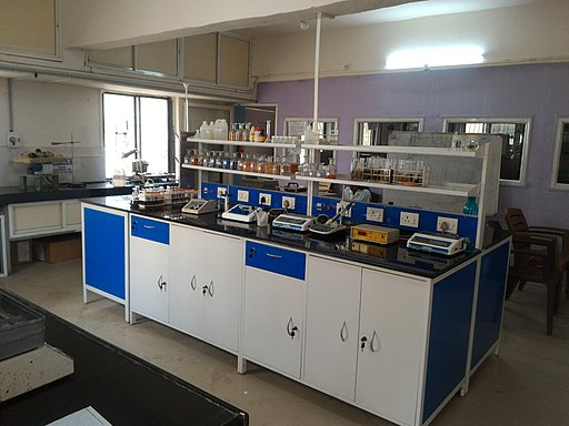 Vigyan Ashram Chemistry Lab