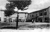 Villette-de-Vienne, la place, 1907, p280 de L'Isère les 533 communes - .jpg