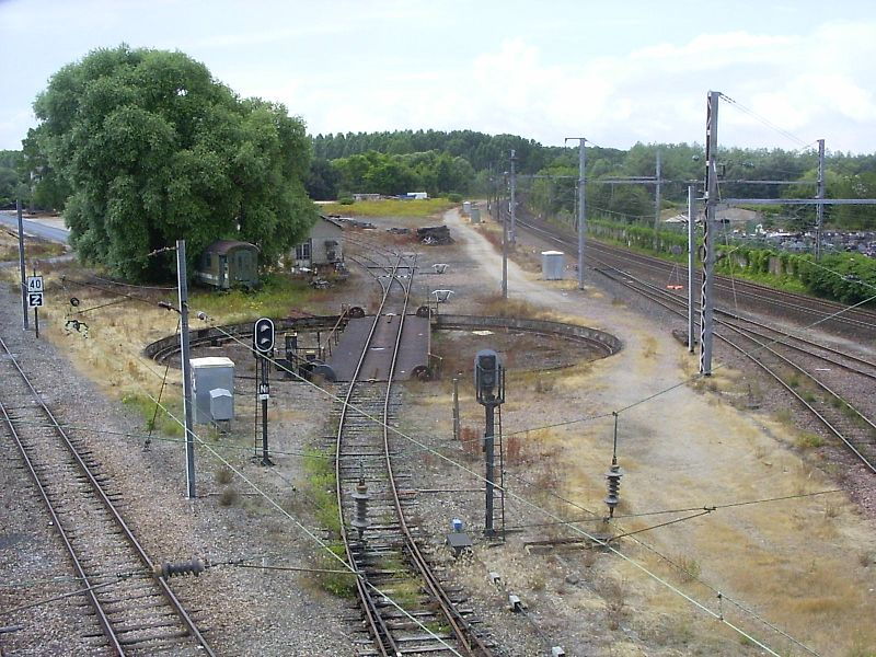 Vitry-le-Francois, blik westwaarts vanaf de brug bij het station