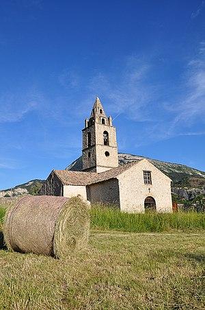 Tartonne - Image: Vue de l'église de Tartonne
