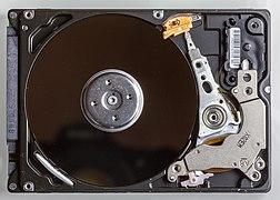 WD Scorpio Blue - 160 GB - WD1600BEVT-22ZCT0 - opened-2755.jpg