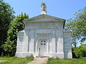 Walter S. Gurnee - The mausoleum of Walter Gurnee
