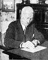 Watson hutton 1933.jpg