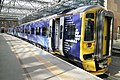 Waverley station train01 2017-03-14.jpg
