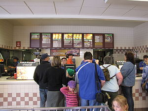 Wendy's - A busy front counter at a Wendy's restaurant in Niagara Falls, Ontario