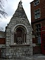 Whitechapel fountain - geograph.org.uk - 1278315.jpg