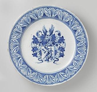 "Delftware - ""Armorial Dish"" (wapenbord) by Willem Jansz. Verstraeten, c. 1645-1655, Haarlem"