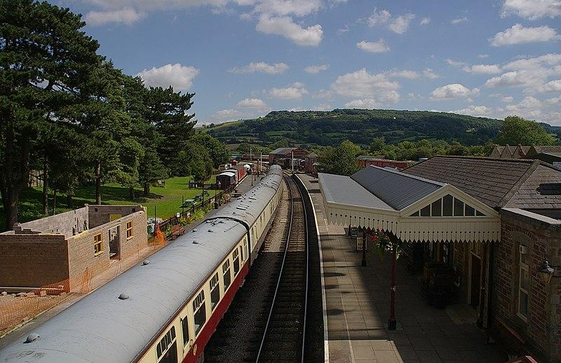 File:Winchcombe railway station MMB 05.jpg