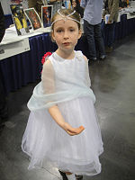 File:WonderCon 2012 - The Childlike Empress from the Neverending Story (7019313057).jpg