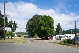Wren, Oregon - View north on Wren Road