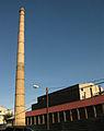 Xemeneia de la fàbrica Abad Ribera (c. Concili Egarenc, Terrassa).jpg