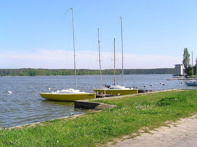 File:Zalew Zemborzycki Lublin 02.jpg