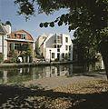 Zicht op de gracht met werven - Utrecht - 20414434 - RCE.jpg