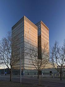 Zuerich Sunrise Tower 7.jpg
