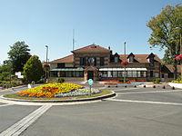 Éragny-sur-Oise mairie.JPG
