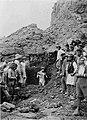 Ανασκαφή Δελφών-1894-αγαλμα Αντίνοου.jpg