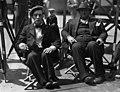 "Комик Buster Keaton в Чикаго с обезьянкой и режиссером Edward Sedgwick на съемках ""The Cameraman"". 1928.jpg"