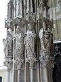 Регенсбург. Собор Св.Петра. Скульптуры главного фасада.jpg