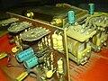 Унутрашњост старог електромеханичког регулатора напона етф.jpg