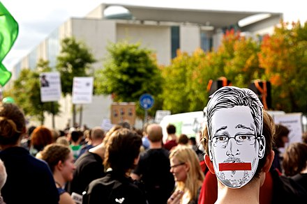 Protesters in support of American whistleblower Edward Snowden, Berlin, Germany, 30 August 2014 -FsA14 - Freiheit statt Angst 062 (14898357029) (2).jpg