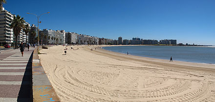 Montevideo's beach on the River Plate 04. Playa Pocitos Pano.jpg