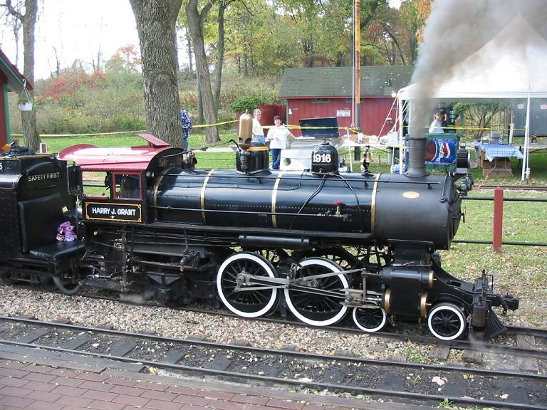 15-inch gauge 4-4-2 locomotive