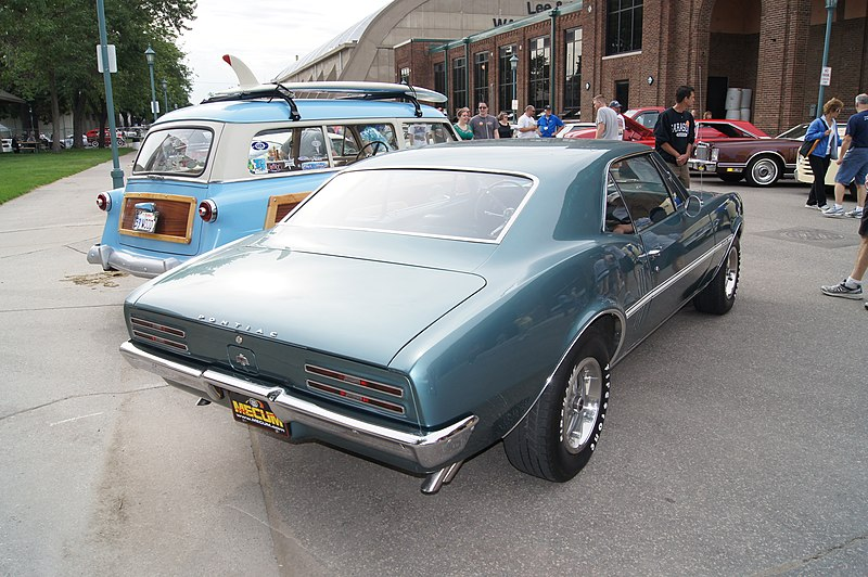 File:1967 Pontiac Firebird (7434404062).jpg
