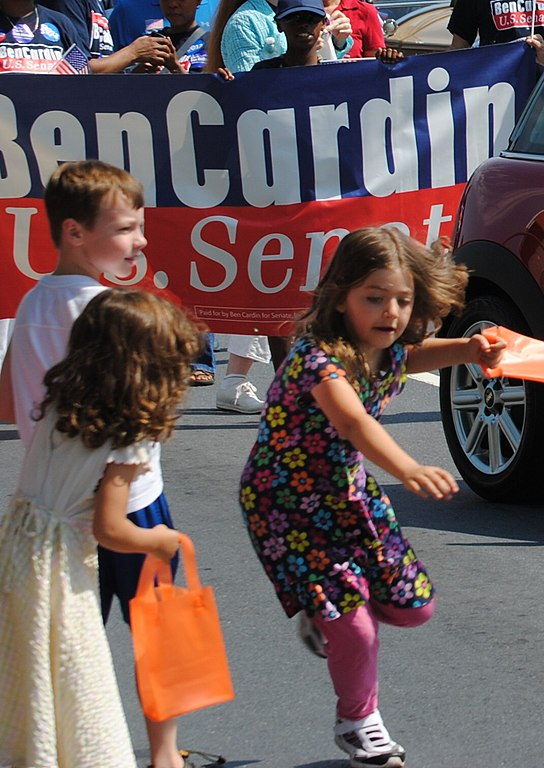 File:20120528 140 chasing candy - 7291578420 jpg - Wikimedia Commons