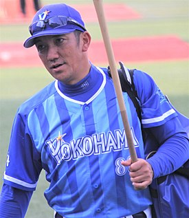 20180527 Yasuo Nagaike, corch of the Yokohama DeNA BayStars,at Meiji Jingu Stadium.jpg