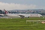 777-300ER QATAR SBGR (36077381896).jpg