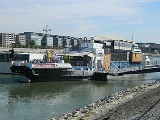 A38 (ship) - Image: A38 1