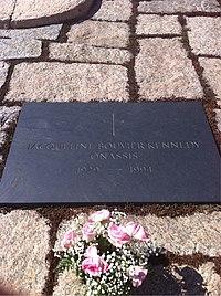 ANCExplorer Jacqueline Kennedy Onassis grave.jpg