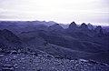 ASC Leiden - van Achterberg Collection - 14 - 20 - Un coucher de soleil derrière des chaînes de montagnes - Ahaggar, Algérie - 1984.jpg