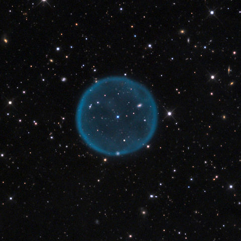 Abell 39, a classic example of a spherical planetary nebula.