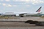 Air France, F-GZNA, Boeing 777-328 ER (35632877761).jpg