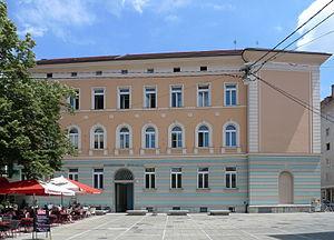 Akademisches Gymnasium (Graz) - Image: Akademisches Gymnasium Graz, Frontansicht