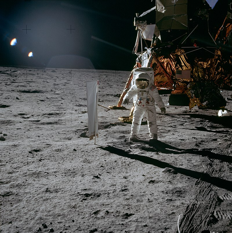 Aldrin Next to Solar Wind Experiment - GPN-2000-001211.jpg